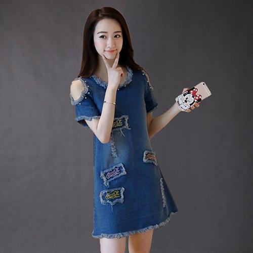 Đầm Jean Khoét Vai Phối Chữ Cocacola Body 4